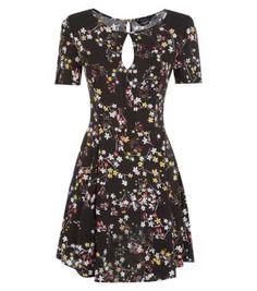 Black Peekaboo Front Floral Print Tea Dress
