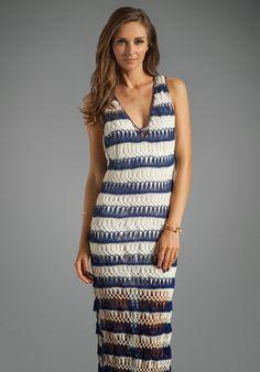 crochelinhasagulhas: Vestido azul e branco longo em crochê