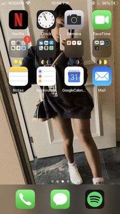 Organize Phone Apps, Netflix, Iphone Layout, Phone Organization, Homescreen, Layouts, Funny Animal Pictures, Organization