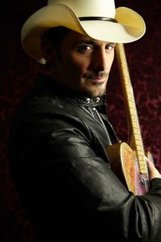 Brad Paisley to Perform on the People's Choice Awards
