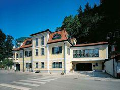 Fertigteilhaus walmdach  VARIO-HAUS Architects