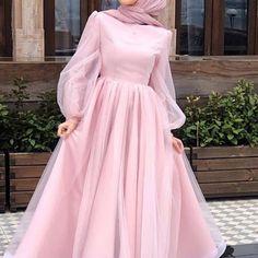ملابس Drip drip drip…that darn leaky faucet! Modest Fashion Hijab, Modern Hijab Fashion, Muslim Fashion, Fashion Dresses, Hijab Prom Dress, Hijab Evening Dress, Mode Abaya, Mode Hijab, Stylish Dress Designs