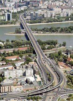 Árpád Bridge, Budapest, Hungary
