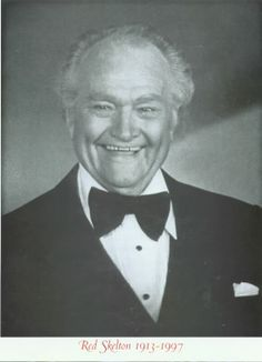 Red Skelton - thanks for the memories Red - you were a bundle of laughs. Famous Men, Famous People, Classic Hollywood, Old Hollywood, Red Skelton, People Of Interest, Old Shows, Funny People, Funny Guys