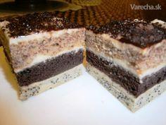 Tento recept je  z Varechy  od  @mráčik. Ja som použila hrnček s objemom 250 ml. Z  tohto cesta by bola zaujímavá  aj torta.