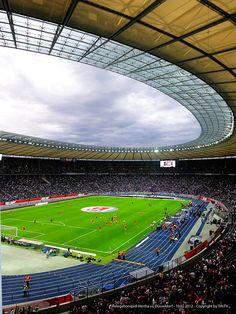 Relegationsspiel Saison 2011/12  Berliner Olympiastadion - 10.MAi 2012  Hertha BSC Berlin vs. Fortuna Düsseldorf 1:2    Watch this Video >> http://www.youtu.be/dON_WlFkPhI  www.tifo.com