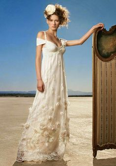 Claire Pettibone • wedding schmedding: This is an Alice tea party dress. Bet I could sk8 in it too...