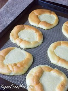 EASY 5 Minute cloud bread recipe big apple mama Browse our recipe selection Keto Foods, Ketogenic Recipes, Low Carb Recipes, Cooking Recipes, Vegetarian Cooking, Zucchini Chips, Desserts Keto, Dessert Recipes, Brunch Recipes
