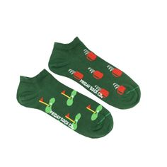 Men's Golf Ankle Socks | Mismatched by Design | Friday Sock Co. Ethically made in Italy. Click the link to see more designs!