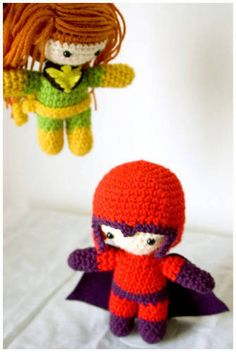 Magneto and Phoenix amigurumi! His helmet comes off and how adorable is that cape...