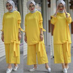 Veeeeeee came to our expected team - 139 TL .:separator:Veeeeeee came to our expected team - 139 TL . Modern Hijab Fashion, Modesty Fashion, Muslim Fashion, Fashion Dresses, Pakistani Fashion Party Wear, Pakistani Dresses Casual, Stylish Dresses For Girls, Stylish Dress Designs, Hijab Style Dress