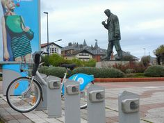 Bicyce hire station on Santander Prom Hand Luggage, Bus Station, Cool Places To Visit, Statue Of Liberty, The Good Place, Spain, Walking, Europe, Prom
