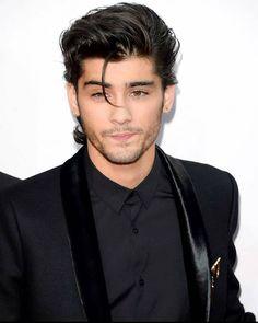 Coiffure Zayn Malik, Cabelo Zayn Malik, Estilo Zayn Malik, Zayn Malik Hairstyle, Zayn Malik Style, Hairstyle Fade, Hairstyle Short, One Direction Lyrics, One Direction Memes
