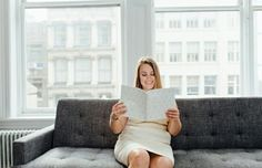 Here's How Sneaking 15 Minutes of Reading in at the Office Will Boost Your Career | Career Contessa
