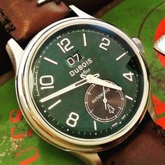 British racing green - a great vintage look for a modern design. Beautiful Watches, Vintage Looks, Green Colors, Rolex Watches, Modern Design, Vintage Racing, Luxury, Instagram Posts, British