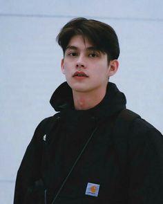 Handsome Faces, Handsome Boys, Bright Wallpaper, Boyfriend Photos, Bright Pictures, Cute Korean Boys, Asian Boys, Asian Men, Asian Actors