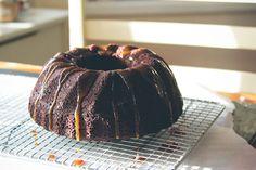 chocolate and salted caramel bundt cake | london bakes.
