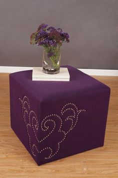 """IDEA: Take thumb-tack-things to an ottoman like this, swirly """"windy"""" design :D Living Room Designs, Living Room Decor, Repurposed Furniture, Sofa Set, Wedding Events, Upholstery, Decoration, It's Wonderful, Homemade Home Decor"""