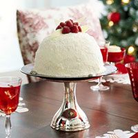 red and white christmas theme cake