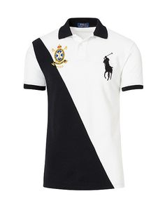 Ralph Lauren debuted his original Polo shirt in and today the iconic design is offered in a wide array of colors and fits. This cotton mesh version is cut for a slim shape and features the number used to designate a polo team& main offensive player. Camisa Polo, Ralph Lauren Slim Fit, Polo Ralph Lauren, Kurta Pajama Men, Offensive Shirts, T Shirt Time, Polo T Shirts, Men's Polos, Custom Shirts