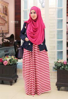 Assalamu'alaikum    Cala scarf pink, basheera blazer, dan ghina skirt ini sangat cocok dikenakan untuk acara casual dan semi formal. Seper...