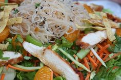chicken noodle salad very yummy low in FODMAPs