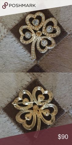 Beautiful vintage Christian Dior brooch Authentic. Christian Dior stamped on the back.  Vintage. Center stone is missing however replaceable. Christian Dior Jewelry Brooches