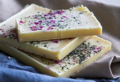 white chocolate with nettles and rose petals