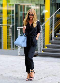 Rosie Huntington-Whiteley completes her look with a pale blue Giorgio #Armani handbag.
