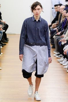 Comme des Garçons Shirt unveiled its Fall/Winter 2016 collection during Paris Fashion Week.