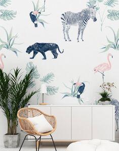 Beautiful wallpaper for nature lovers by Annet Weelink Design Normal Wallpaper, Vinyl Wallpaper, Fabric Wallpaper, Beautiful Wallpaper, Wildlife Wallpaper, Handmade Wallpaper, Forest Design, Vinyl Paper, Safari Nursery