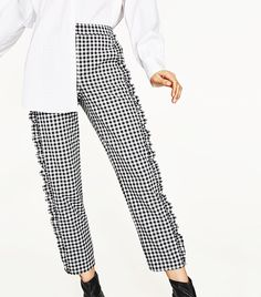 Calling It: These 9 Items Are About to Take Over the Fashion World Unique Fashion, Minimal Fashion, Cute Fashion, Summer Fashion Outfits, Fashion Week, Fashion 2017, Womens Fashion, Fashion Trends, Moda Zara