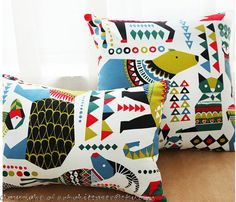 This beautiful Colorful Jungle Animals Giraffe Elephant Squirrel Tree Bird Indoor/outdoor pillow case is perfect for porches and sunrooms, indoors and outdoors. It will make the perfect accent on a chair, sofa, window seat, car seat or bed. It would also make a perfect gift. Listing price is for one pillow case. There are 4 patterns available,owl,bear,lamp and giraffe,see details from last image,choose from drop down options.   Size:custom made size,choose from drop down which exactly ma...