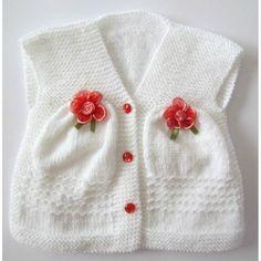 Beyaz kız çocuk çiçekli örgü yelek | Örgü Modelleri - Örgü Dantel Modelleri