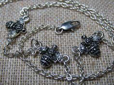 Sterling Silver Bumble Bee Necklace 7.8 grams Figural 3D, to purchase double click on picture.
