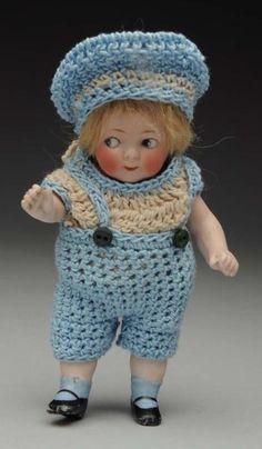 Lot # : 102 - Impish German Googly Doll.