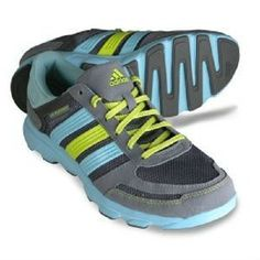 timeless design 0fcf2 a11f4 Amazon.com  adidas Running Womens LA Runner W Running Shoe,  PhantomMetallic SilverVivid Yellow, 5.5 B US  Running