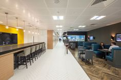 21- Corridor-looking-back-to-reception-with-bar-on-left