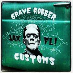 Door art Hot Rod Trucks, Old Trucks, Truck Lettering, Door Signage, Door Letters, Helmet Paint, Shop Truck, Horror Movie Characters, Signwriting