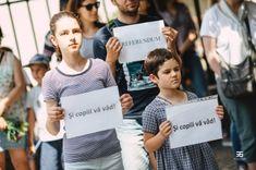 """Copiii protestelor, în ziua care speram că nu va veni: """"- Mama, noi de ce nu plecăm din țară?"""" T Shirts For Women, Fashion, Moda, Fashion Styles, Fashion Illustrations"""