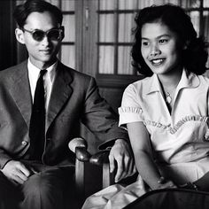Today is 85th birthday of HM Bhumibol Adulyadej. I like this old fashioned pic!