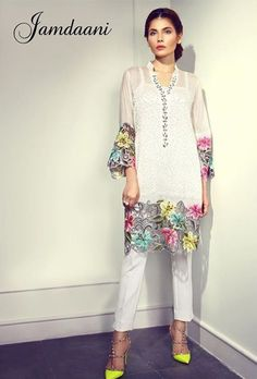 Pakistani Fashion Casual, Pakistani Dresses Casual, Pakistani Dress Design, Kurti Designs Party Wear, Kurta Designs, Blouse Designs, Stylish Dress Designs, Stylish Dresses, Casual Dresses