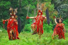 Kabasaran a Traditional Minahasa Dance in North Sulawesi, Indonesia Manado, Southeast Asia, Wonderful Places, Culture, Dance, Traditional, Beautiful, Holiday Trip, Study Abroad