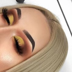 Amazing yellow sunset makeup - LadyStyle - new_make_up_pintennium Makeup Eye Looks, Cute Makeup, Eyeshadow Looks, Glam Makeup, Gorgeous Makeup, Skin Makeup, Makeup Inspo, Eyeshadow Makeup, Makeup Ideas