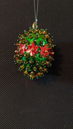 Christmas Balls, Christmas Ornaments, Bulb, Holiday Decor, Diy, Home Decor, Christmas Baubles, Decoration Home, Bricolage