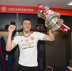 Inside the United dressing room as Van Gaal, Carrick and players celebrate Manchester United Fa Cup, Michael Carrick, Premier League Champions, Europa League, Man United, Classic Man, Sport Man, First Love, The Unit