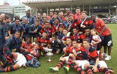 Flamengo vence o Vasco por 3 a 1  em São Januário e conquista OPG