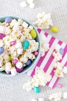 Marshmallow Bunny Bait / Easter Popcorn mix