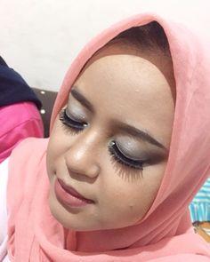 My bestie does makeup. So flawless!