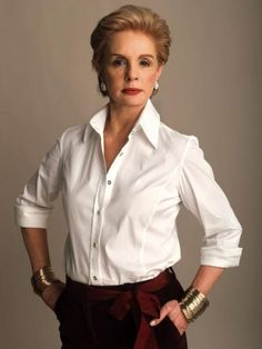"Carolina Herrera is a Venezuelan fashion designer known for ""exceptional personal style"", and for dressing various First Ladies including Jacqueline Onassis, Laura Bush, and Michelle Obama. Carolina became well known for her dramatic style. Classic White Shirt, Crisp White Shirt, How To Have Style, My Style, Parisienne Chic, Elsa Peretti, Advanced Style, Fashion Designer, White Button Down"